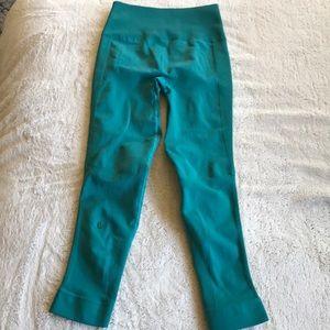lululemon athletica Pants - {Lululemon} Teal Leggings. High Waist. Size 4.